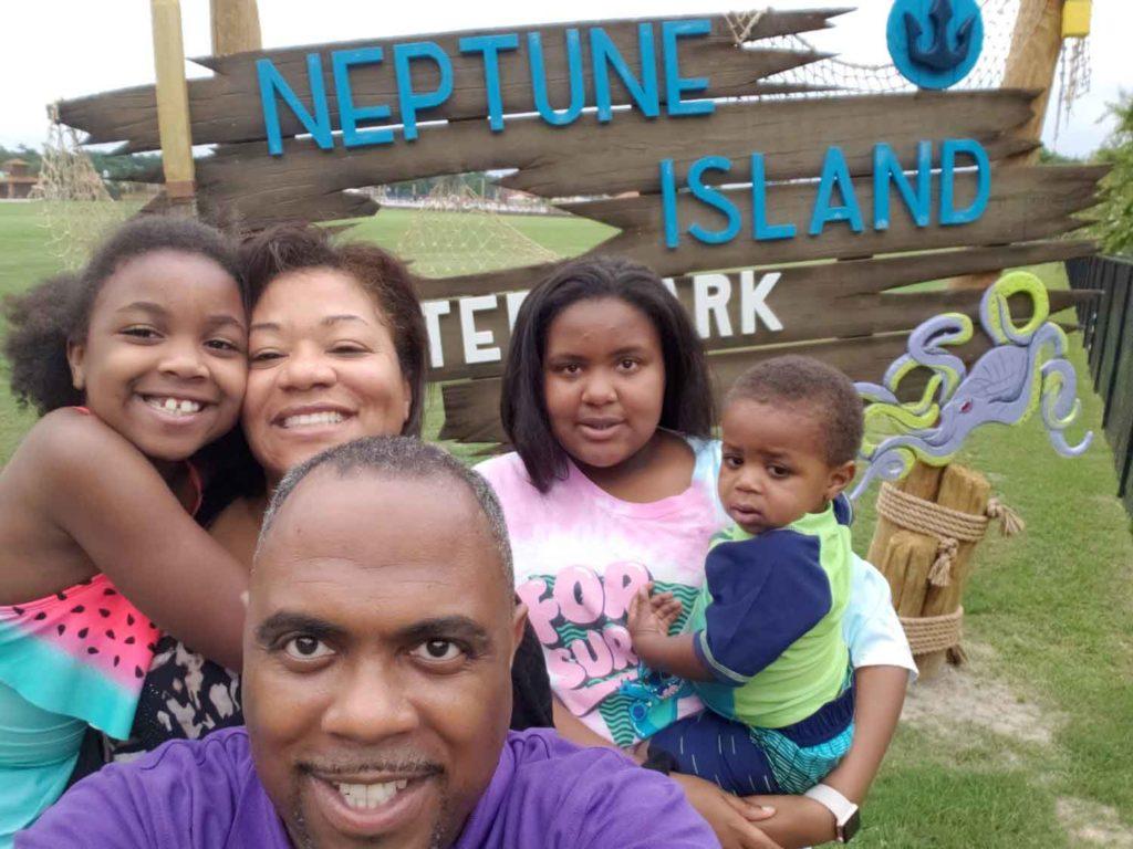 Neptune-island-family-pic